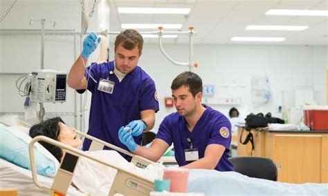 Why are there more Male Nurses in the Operating Room?