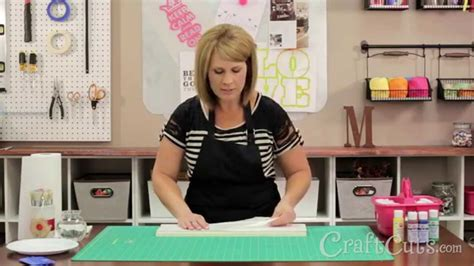 How to Make a Wood Welcome Sign with a Vinyl Stencil - YouTube