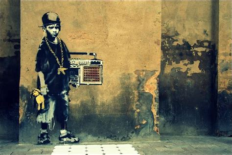 30 Of The Wittiest Graffiti By Banksy That Show Why The