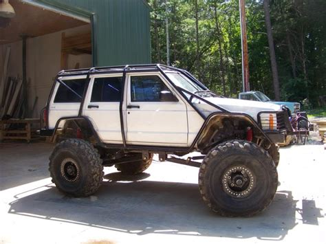 can i fit 42's??? - Jeep Cherokee Forum