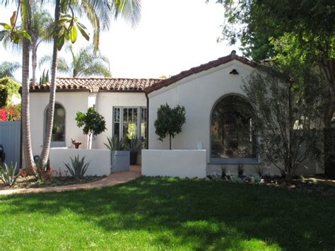 Spanish Style Homes with Courtyards Small Spanish Style