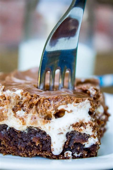 A classic recipe for Mississippi Mud Cake! It's a moist