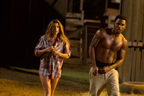 Yet Another Look At 'Texas Chainsaw 3D' - Bloody Disgusting