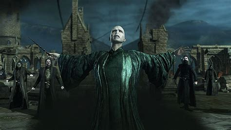 Game News: First Harry Potter: Deathly Hallows Part 2 Game